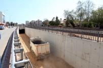 YAĞMUR SUYU - Kepez Katlı Kavşak Projesi'nde Tüneller Birleşti