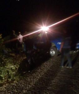 Otomobil uçurumdan yuvarlandı:4 ölü, 2 yaralı