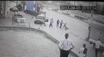 BENZIN - Otomobiline Sürten Sürücüyü Tekme Tokat Dövdüler