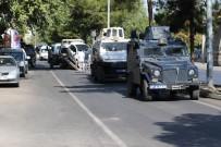 POLİS ARACI - Polis Zırhlı Aracı Sivil Araçla Çarpıştı