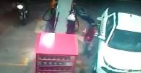 BENZIN - Polisin Vurduğu Soyguncu Öldü
