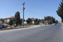 MEHMET KELEŞ - Düzce Belediyesi'nin Çevre Yolu Çalışması Sürüyor