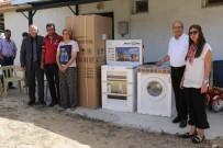 SOSYAL HİZMETLER - Evi Yanan Aileye Manisa Büyükşehir'den Yardım Eli