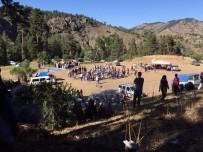 GÖKÇEDERE - Gökçedere Köylüleri Piknikte Buluştu