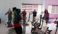 BEDEN EĞİTİMİ - Gürpınarlı Kadınlara Ücretsiz Spor İmkanı