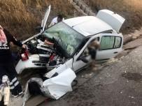 YAĞMUR SUYU - İzmir'de Meydana Gelen Kazada Aydınlı İki Kişi Can Verdi