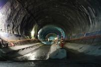RAYLI SİSTEM - Kabataş-Mahmutbey Metrosu Türkiye'nin Gururu Oldu