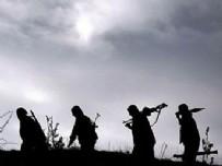 HAKKARİ ÇUKURCA - Kapalı yolu açıp teröristlerle toplantı yapmışlar
