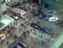 BOMBA PANİĞİ - Moskova'da bomba paniği