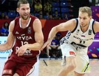 LETONYA - Slovenya yarı finale yükseldi