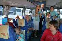 MUSTAFA CİHAD FESLİHAN - Turistlere Sürpriz Karşılama