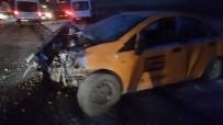 TİCARİ TAKSİ - Varto'da Trafik Kazası Açıklaması 2 Yaralı