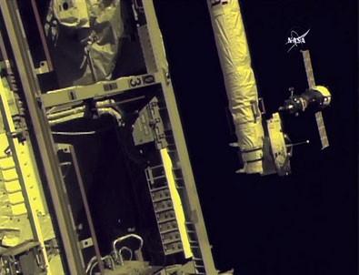 Yeni ekip, Uluslararası Uzay İstasyonu'na ulaştı
