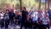 ŞEHİTLER ABİDESİ - Yenimahalleliler Kültür Gezisinde