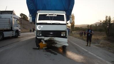 Ankara Çubuk'ta trafik kazası: 1 ölü, 1 yaralı