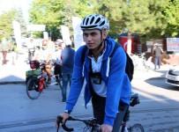 BİSİKLET TURU - Avrasya Tünelini Bisikletiyle Geçip Ceza Yiyen Bisikletçinin Beyşehir Paylaşımı İlgi Çekiyor