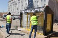 TOPLU ULAŞIM - Bitlis'te Otobüs Durakları Temizlendi
