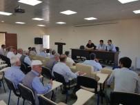 FATİN RÜŞTÜ ZORLU - Kahta İlçesinde Tütün İle İlgili Toplantı Yapıldı