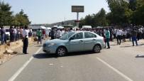 KAMYON ŞOFÖRÜ - Trafik Kazasından Sonra Karayolunu Trafiğe Kapattılar