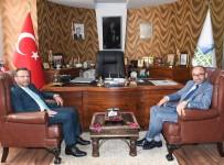 Vali Aksoy, Başkan Üzülmez'i Ziyaret Etti