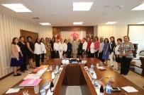 ÇOCUK BAKIMI - 35 Kadın Derneğinin Temsilcisi Bakan Fatma Betül Sayan Kaya'yı Ziyaret Etti