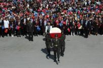 ANıTKABIR - Ankara Üniversitesi Öğrencilerinden Anıtkabir'e Ziyaret