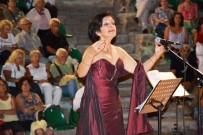 TÜRK MÜZİĞİ - Ayvalık'ta 'Sahil Boyu Şarkıları' Yankılandı