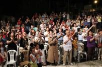 EDİP AKBAYRAM - Bergama'da Kurtuluş Türküleri Yankılandı
