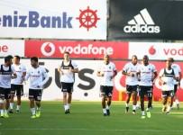 GARY MEDEL - Beşiktaş'ta Medel, Antrenmanı Yarıda Bıraktı