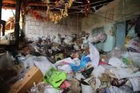 ZABITA MÜDÜRÜ - Geçen Yıl Temizlenen Evden 14 Kamyon Çöp Daha Çıktı