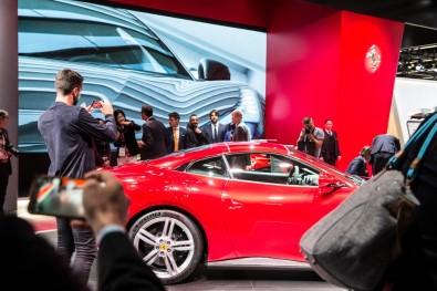 Geleceğin otomobilleri Frankfurt'ta sergilendi