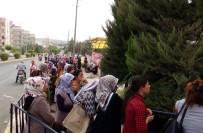 ŞEHİT YAKINI - Kilis'te 200 Kişilik İş İçin Binlerce Kişi İŞKUR'a Müracaat Ediyor