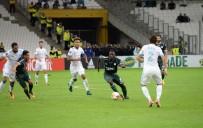 ALI TURAN - Konyaspor Fransa'da direğe takıldı