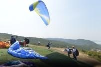 GÖLYAZı - Nilüfer'de Yamaç Paraşütü Heyecanı Başladı