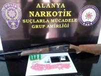 KOKAIN - Pompalı Tüfekli Şüphelinin Üzerinden 219 Adet Uyuşturucu Hap Çıktı