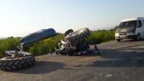TUR OTOBÜSÜ - Tur Otobüsü İle Traktör Çarpıştı Açıklaması 2 Yaralı