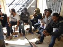 ERITRE - 56 Kaçak Göçmen Yakalandı