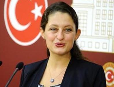 CHP, Şafak Pavey'in istifasını kabul etmeyecek