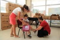 OKUL ÇANTASI - Gaziemir'de Öğrencilerin Yüzü Gülüyor