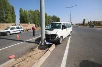 MÜNEVVER - Konya'da Düğün Yolunda Kaza Açıklaması 5 Yaralı