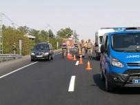 FıRAT ÜNIVERSITESI - Otomobilin Çarptığı Yaşlı Kadın Hayatını Kaybetti