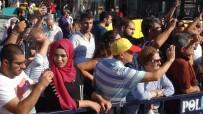MEHTER TAKIMI - 'Emniyet Mehter Takımı' Taksim Meydanı'nda Konser Verdi