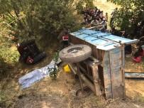 Traktör Şarampole Yuvarlandı Açıklaması 2 Ölü, 4 Yaralı