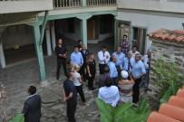 HÜSEYİN YAYMAN - Turizm Bakan Yardımcısı Yayman, Birgi'yi Ziyaret Etti