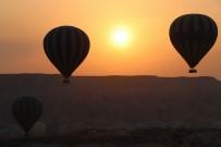 DINLER - Uzak Doğulu Turistlerin İlgisi Artıyor