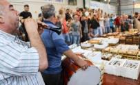 AÇIK ARTIRMA - Akdenizli Balıkçılar Sezonu Davul Zurnayla Açtı