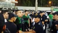 TEZAHÜRAT - Denizlispor - Giresunspor Maç Sonunda Gerginlik Açıklaması 2 Gözaltı
