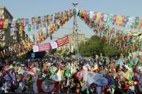 ÖZGÜRLÜK - Diyarbakır'da HDP Mitingi