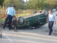ESKIŞEHIR OSMANGAZI ÜNIVERSITESI - Eskişehir'de Trafik Kazası Açıklaması 1Ölü, 3 Yaralı
