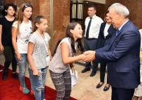 BİSİKLET TURU - Kardeş Kentlerin Gençleri İzmir'de Buluştu